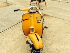 vespa primavera 125 green vespa sprint 150 orange bel bel vehicle restaurations pinterest. Black Bedroom Furniture Sets. Home Design Ideas