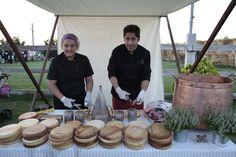 Boda celebrada en el campo con cocktail temático de Voilá Catering. #voilacatering #serviciodecatering #catering