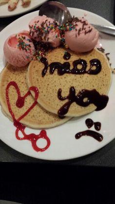 Banana pancakes n strawberry icecream dessert. Yummmmy