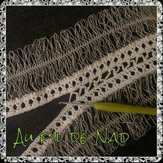 Une étole pour l'été en projet ! Hairpin Lace Patterns, Hairpin Lace Crochet, Crochet Shawl, Tricot Simple, Broomstick Lace, Chapel Veil, Prayer Shawl, Pdf Patterns, Pattern Blocks