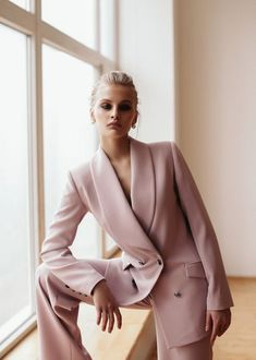 The New Style: fashion, outfits and trends for 2019 Work Fashion, Fashion Looks, Fashion Outfits, Womens Fashion, Fashion Design, Fashion Trends, Fashion Black, Fashion Fashion, Fashion Ideas