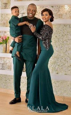 African couples outfit, African couples clothing, a Couples attire. African couples outfit African couples clothing a Couples Couples African Outfits, African Dresses Men, African Clothing For Men, Latest African Fashion Dresses, Couple Outfits, African Print Fashion, Couple Clothes, African Prints, African Women