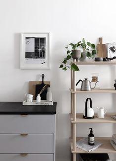 Woud Elevate shelving in our kitchen Black And Grey Kitchen, Küchen Design, House Design, Building A Kitchen, Modular Shelving, Minimalist Kitchen, Scandinavian Interior, Interiores Design, Decoration