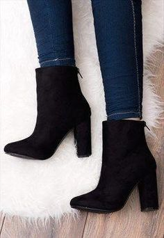 daize-bottines-avec-zip-et-talon-carre-style-daim-noir-blockab-chaussures/ - The world's most private search engine Shoes Adidas, Converse Shoes, Block Heel Ankle Boots, Ankle Boot Heels, Black Ankle Boots Outfit, Black Boots With Heels, Ankle Boot Outfits, Black Prom Shoes, High Boots