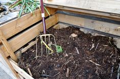 What is Compost? -- Wonderopolis Wonder of the Day (non-fiction article and video) -- Recycling Unit
