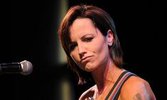 Dolores O'Riordan, the soloist of Irish famous rock group Cranberries, lost his life at the age of 46. - https://goo.gl/cQX54J #Cranberries #DoloresORiordan #dolores #rip