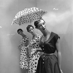 Sabine Weiss #umbrella