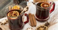 Learn how to make mulled wine with a crockpot, find hot spiced wine recipes, a virgin glogg recipe and traditional mulled wine with these TODAY favorites. Low Calorie Alcoholic Drinks, Non Alcoholic Wine, Winter Drinks, Holiday Drinks, Holiday Parties, Christmas Drinks, Warm Wine, Wine Glass Rack, Christmas Drinks Alcohol