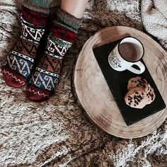 Good morning and Happy New Year ❤ I wish you all the best for 2017 : happiness, love...❤ . #littlebohoblog #fashionblogger #happynewyear #newyear #2017 #goodmorning #winter #breakfast #sweet #home #cozy #boho #bohemian #ethnic #love #hapiness #comfy