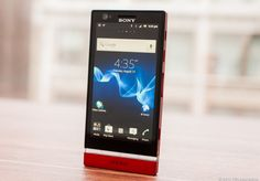 Sony Xperia P Review - CNET's Review in comparison to iPhone 4S, Samsung Galaxy S111, Galaxy Note