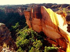 King Canyon, Red Centre, Australie Places Around The World, Around The Worlds, Paradise On Earth, Bucket List Destinations, Space Travel, Antelope Canyon, Continents, Places To See, The Good Place