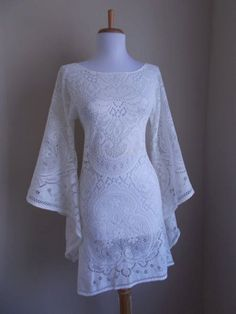 This is super cute for a hippie wedding.maddyVintage Off White Crochet LACE Angel Bell Sleeve HIPPIE Wedding Mini Dress 1960s Fashion, Vintage Fashion, Pretty Dresses, Beautiful Dresses, Gorgeous Dress, Dress Skirt, Dress Up, Angel Dress, Lace Dress