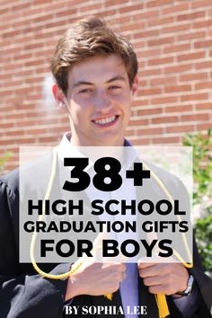 I've been on the hunt for graduation gifts for guys and love these for my son! So many great high school graduation gift ideas that I am going to consider. Graduation Gifts For Boys, Outdoor Graduation Parties, Graduation Party Centerpieces, Graduation Party Decor, Grad Parties, Graduation Ideas, Diy 2019, College Gifts, Graduate School