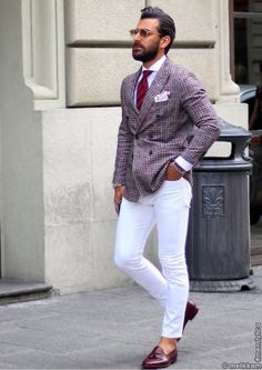 Apr 2020 - Dress for success with classic men's suits and suit pants. See more ideas about Mens suits, Dress for success and Suits. Gentleman Mode, Gentleman Style, Sharp Dressed Man, Well Dressed Men, Mens Fashion Suits, Mens Suits, White Pants Outfit, Style Masculin, Gq Style