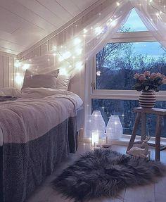 """2,335 gilla-markeringar, 13 kommentarer - Vibeke J Dyremyhr (@interior_delux) på Instagram: """"Nightynight ✨ @borinord #bedrooms #bedroomdecor #fairylights #soverom #interior_delux"""""""