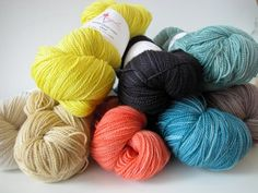 Anzula 'Cloud' at the knit cafe... so soft and irresistible!
