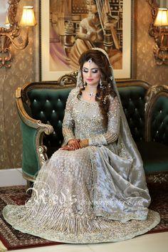 Pakistani Bridal Makeup Hairstyles, Pakistani Wedding Outfits, Pakistani Wedding Dresses, Bridal Outfits, Walima Dress, Shadi Dresses, Pakistan Bridal, Afghan Dresses, Bridal Dress Design