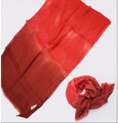 Limited Edition n°9 100% cashmere 70cm X 180cm http://www.carogio.it/eshop/limited-edition-carogio/limited-edition-9.html