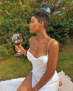 Pretty Black Girls, Beautiful Black Women, Natural Hair Styles, Short Hair Styles, Mode Du Bikini, Brown Skin Girls, Black Girl Aesthetic, Black Girl Fashion, Looks Vintage