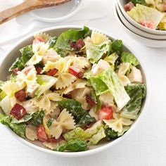 BLT in pasta salad form?? YES PLEASE! #bacon #pastasalad