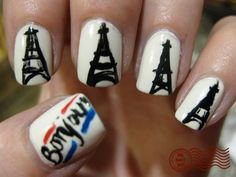 Show your French side and nail skills with these Eiffel Tower nails. Love Nails, How To Do Nails, Pretty Nails, My Nails, Eiffel Tower Nails, Paris Nails, Broken Nails, Daily Nail, Creative Nails