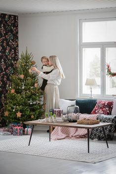 We all love Christmas traditions – the ones we continue and the ones we create ourselves. Start preparations by adding a little bit of Christmas magic into your home interior with gorgeous textiles. Wreaths, ornaments and decorations play a big role in giving your home an extra bit of Christmas sparkle. Wrap Pentik Vahakukka products to perfect Christmas gifts. Pentik knitted toys are childrens favourite. We wish you unforgettable Christmas moments! Cozy Christmas, Perfect Christmas Gifts, Christmas Ornaments, Christmas Preparation, Bedclothes, Banquet Tables, Candle Shop, Christmas Traditions, Love Is All