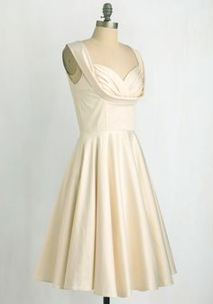 Aisle Be There Dress in Lily | Mod Retro Vintage Dresses | ModCloth.com