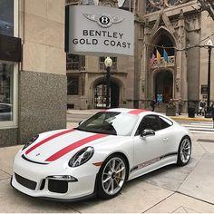 Porsche 911R - Gorgeous! #Classic #SportsCar #Speed #Power #Performance #Cars #CarShowSafari