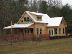Cape style house additions roof lines and saltbox for Saltbox house additions