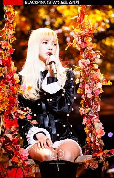 BLACKPINK 's Lisa 's big gorgeous eyes, small face, and flawless visuals made her seem like a living Barbie doll. Blackpink Lisa, Jennie Lisa, Kpop Girl Groups, Korean Girl Groups, Kpop Girls, K Pop, Blackpink Thailand, Girls Group Names, Rapper