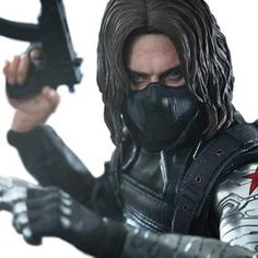 [Marvel: Hot Toys Deluxe Action Figure: Captain America: Winter Soldier (Product Image)]