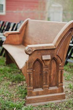 vintage church pews as seating for wedding ceremony #weddingceremony #weddingideas #weddingchicks http://www.weddingchicks.com/2014/02/11/blue-and-coral-backyard-wedding/