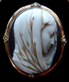 XX-tra Fine Antique Hardstone Agate Cameo Brooch Pendant of Mary 14k Gold Pearls