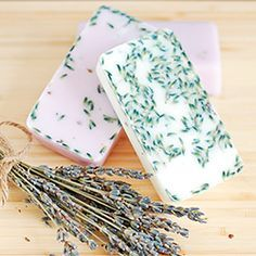 How to make your own lavender soap {makes a great homemade gift}