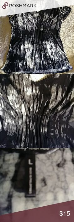 "Tye Dyed Jersey Black, white and gray...95% rayon 5% spandex...28"" in length...excellent condition Tops Tees - Short Sleeve"