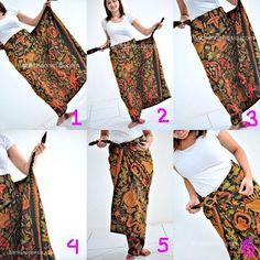 fabric Batik into a skirt (side angle)Sarung how to Kebaya Lace, Kebaya Hijab, Batik Kebaya, Kebaya Dress, Batik Dress, Traditional Fashion, Traditional Outfits, Diy Couture Foulard, Model Kebaya