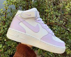 Cute Nike Shoes, Cute Nikes, Nike Air Shoes, Camo Shoes, Swag Shoes, Jordan Shoes Girls, Girls Shoes, Best Sneakers, Sneakers Fashion