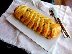 Leveles tészta maradék sült hússal vagy amivel szeretnétek Holiday Dinner, Winter Holidays, Baked Goods, Menu, Bread, Snacks, Baking, Food, Autumn