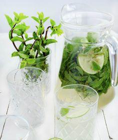 Zomerse drankjes met en zonder alcohol