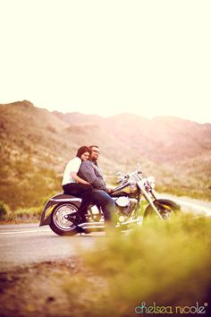 Google Image Result for http://chelseanicoleblog.com/wp-content/uploads/2010/04/noi-las-vegas-engagement-session-with-a-motorcycle.jpg