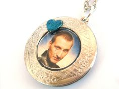 Doctor Who Necklace The Ninth Doctor by TimeMachineJewelry