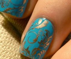 Turquoise and gold...a color combination that never goes out of style.