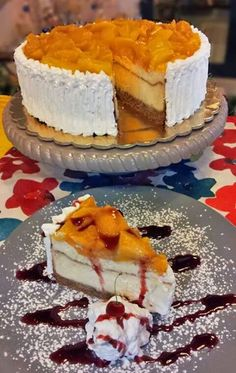 Cheese cake with peaches and mango