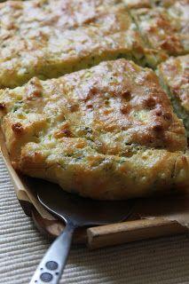 Snack-Idee: Nesrins Küche: Zucchinikuchen - Kabakli Börek (Füllung aus grünen Gemüsen ist variabel) - ohne Yufka-Teig (!)
