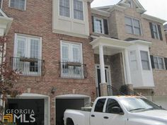 Smyrna Heights – what makes it unique is that it does not have a traditional neighborhood markers or a single-point entry. Homes throughout Smyrna are open, making social interaction with each other easy, so come and enjoy the Southern life in this great city which is only 15 miles away from Atlanta.
