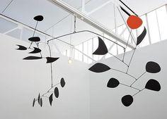 alexander calder - kinetic art