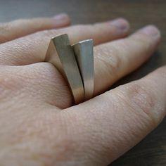 DROP bronze ring