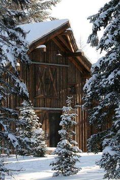 ❄Barn in winter ❄