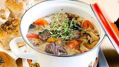 Fransk Kjøttgryte - Oppskrift fra TINE Kjøkken Thai Red Curry, Ramen, Stew, Crockpot, Low Carb, Japanese, Homemade, Chicken, Meat