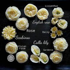 distintos tipos de flores de para de alubias, azúcar y manteca blanca o Korean glossy buttercream